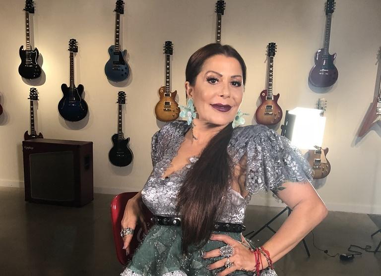 """81015212. Miami, Florida 15 Oct 2018 (Notimex-Especial).- La rockera mexicana Alejandra Guzmán estrenó su nuevo sencillo """"Soy Así"""" en todas las plataformas de música y el video en su canal oficial de Youtube, su regreso musical luego de haberse embarcado en la gira """"Versus"""" junto a su amiga Gloria Trevi. NOTIMEX/FOTO/ESPECIAL/COR/ACE/"""