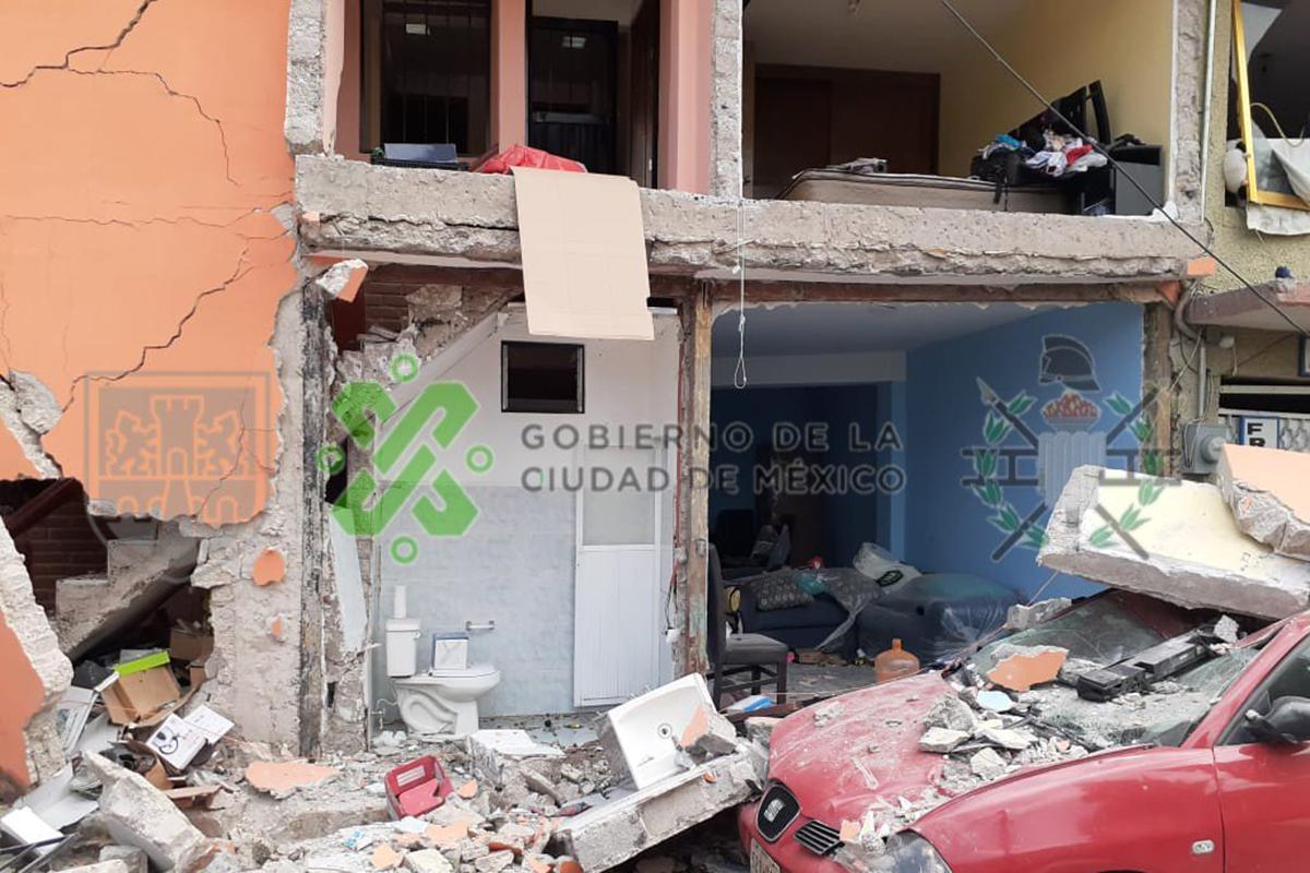 explosión, Iztacalco, bomberos, niños, escombros,