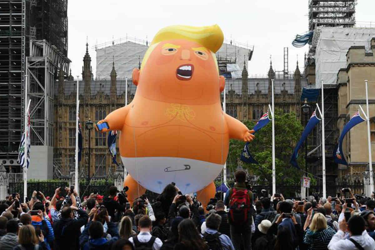 No eres bienvenido Trump, gritan en Londres (EFE)