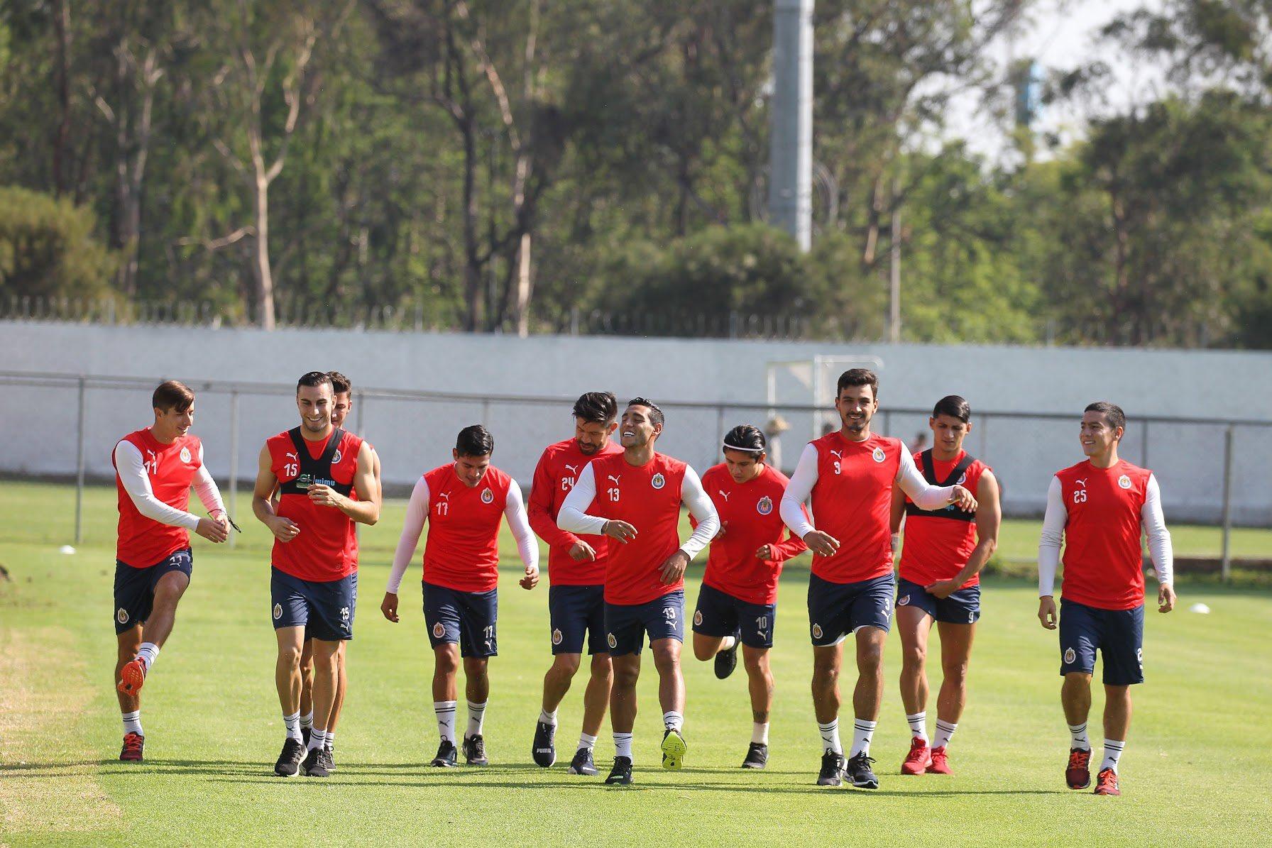 Chivas se quedará con Jorge Vergara. Foto. Twitter