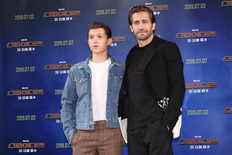 """Tom Holland y Jake Gyllenhaal en la premier de """"Spider-Man: Lejos de casa"""""""