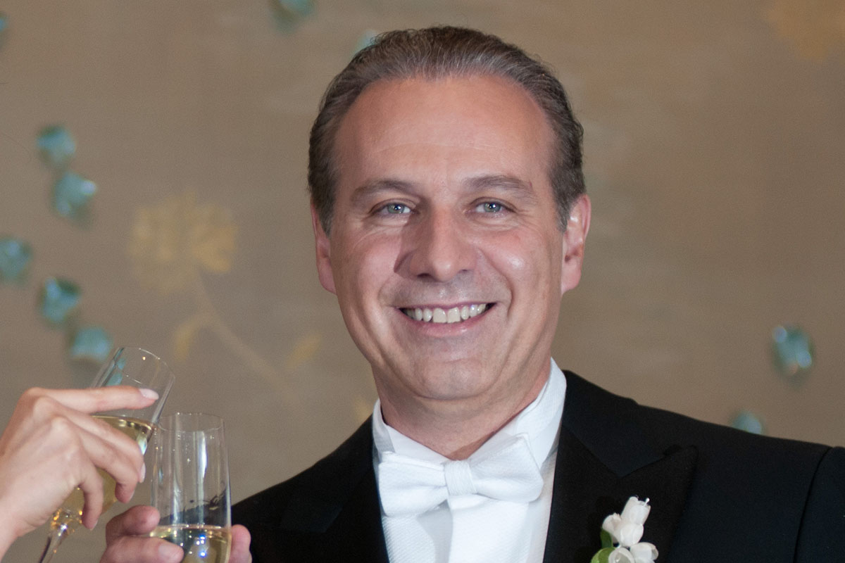 Juan Collado, abogado, detenido, Comisión Nacional Bancaria y de Valores, Unidad de Inteligencia Financiera,