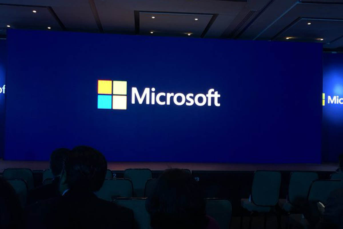 Microsoft, agosto, XBox, Outlook, Hotmail, Skype,