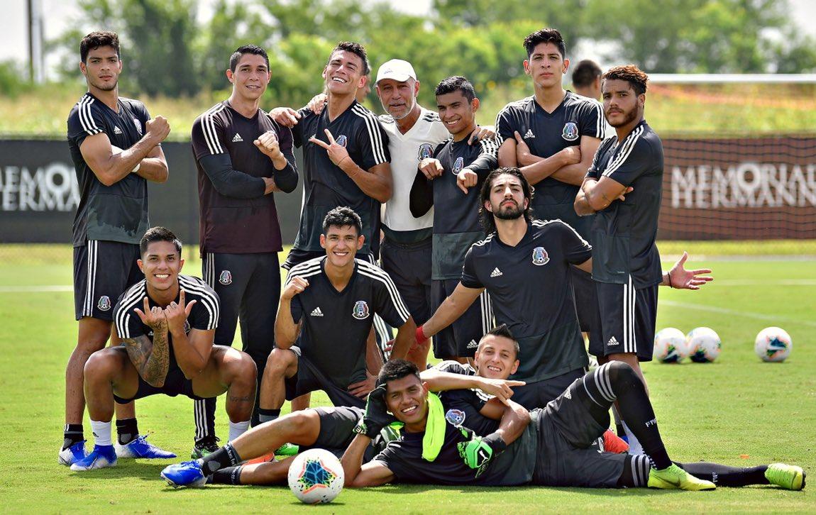 Pizarro podría salir de Monterrey. Twitter