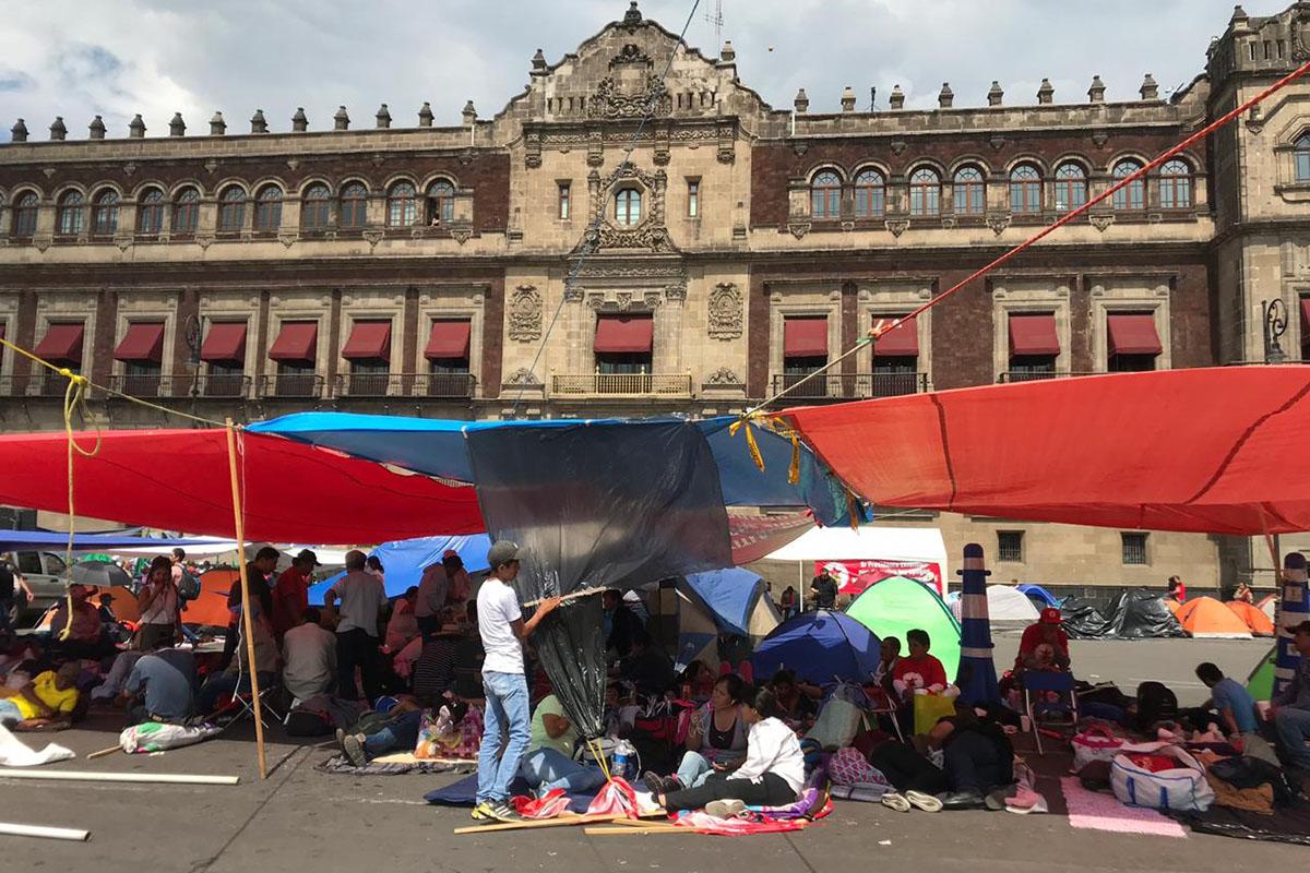 plantón, Palacio Nacional, campesinos, manifestación, López Obrador,