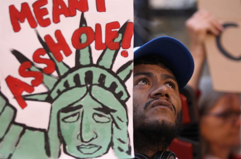 Migrantes, redadas, protesta,