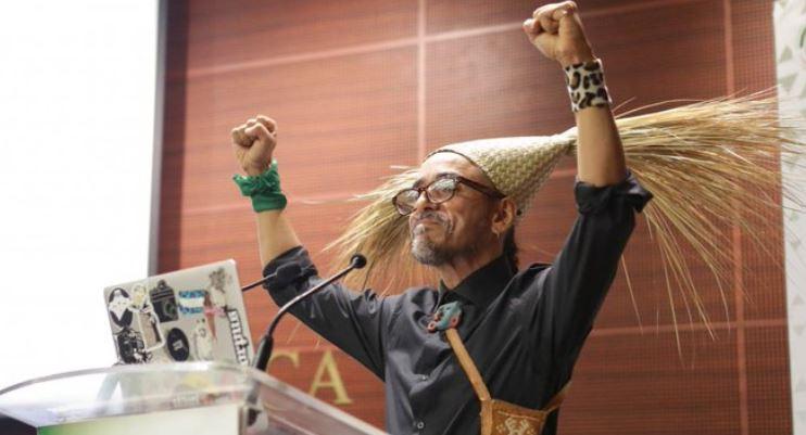 Rubén Albarrán en el Senadoo hijos de la chingada