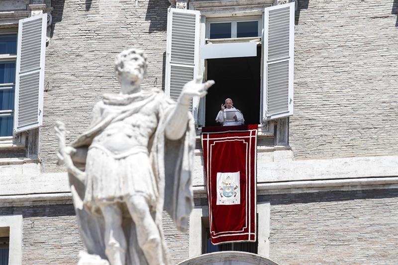 Vaticano, nuncio apostólico en Francia, Luigi Ventura, Ministerio de Justicia,