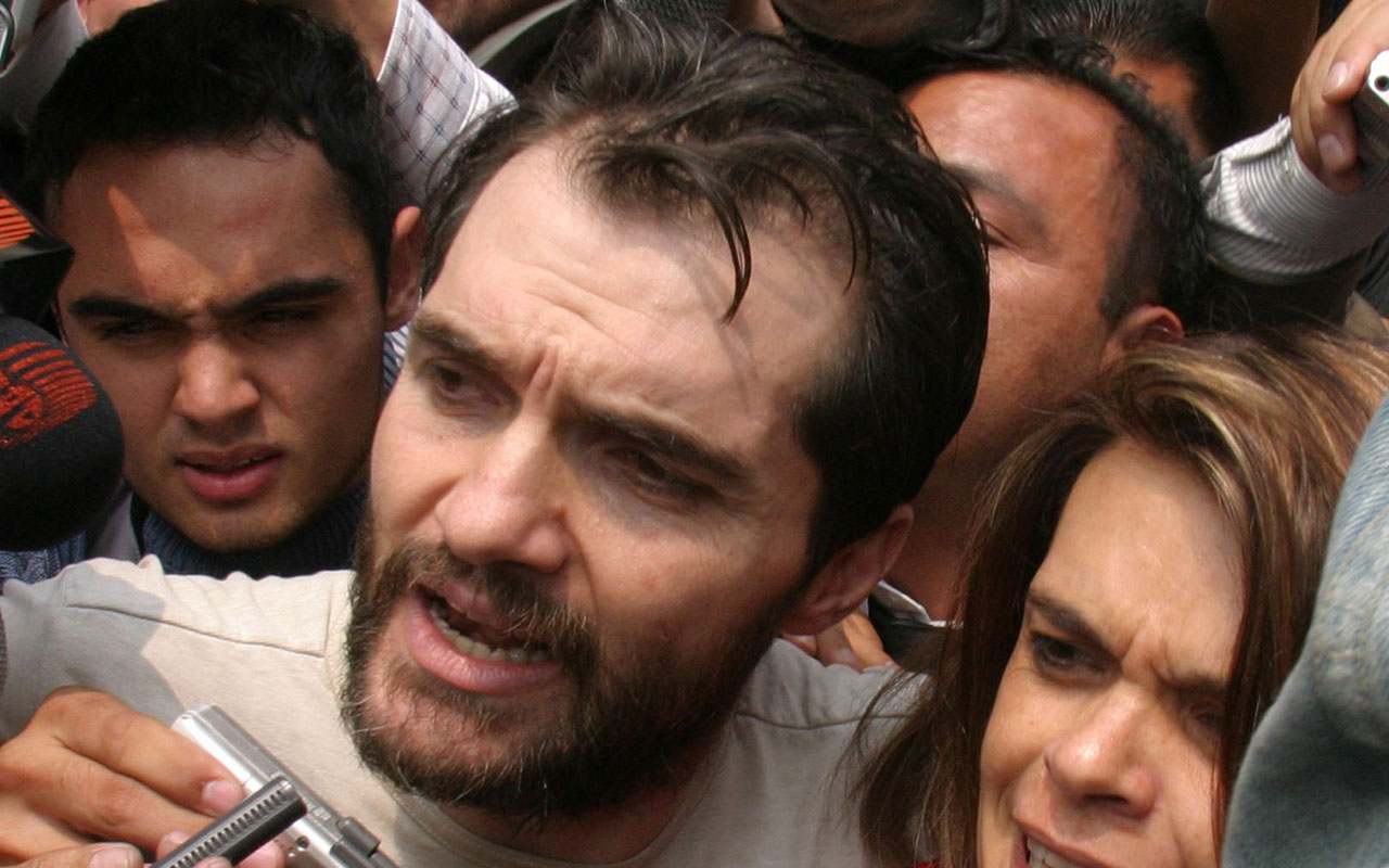 Carlos Ahumada, Rosario Robles, Argentina, Interpol, Estafa Mestra,
