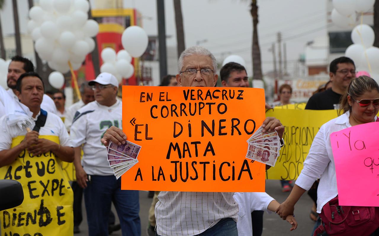 Los Porkys, Veracruz, Juez, Daphne, Diego,