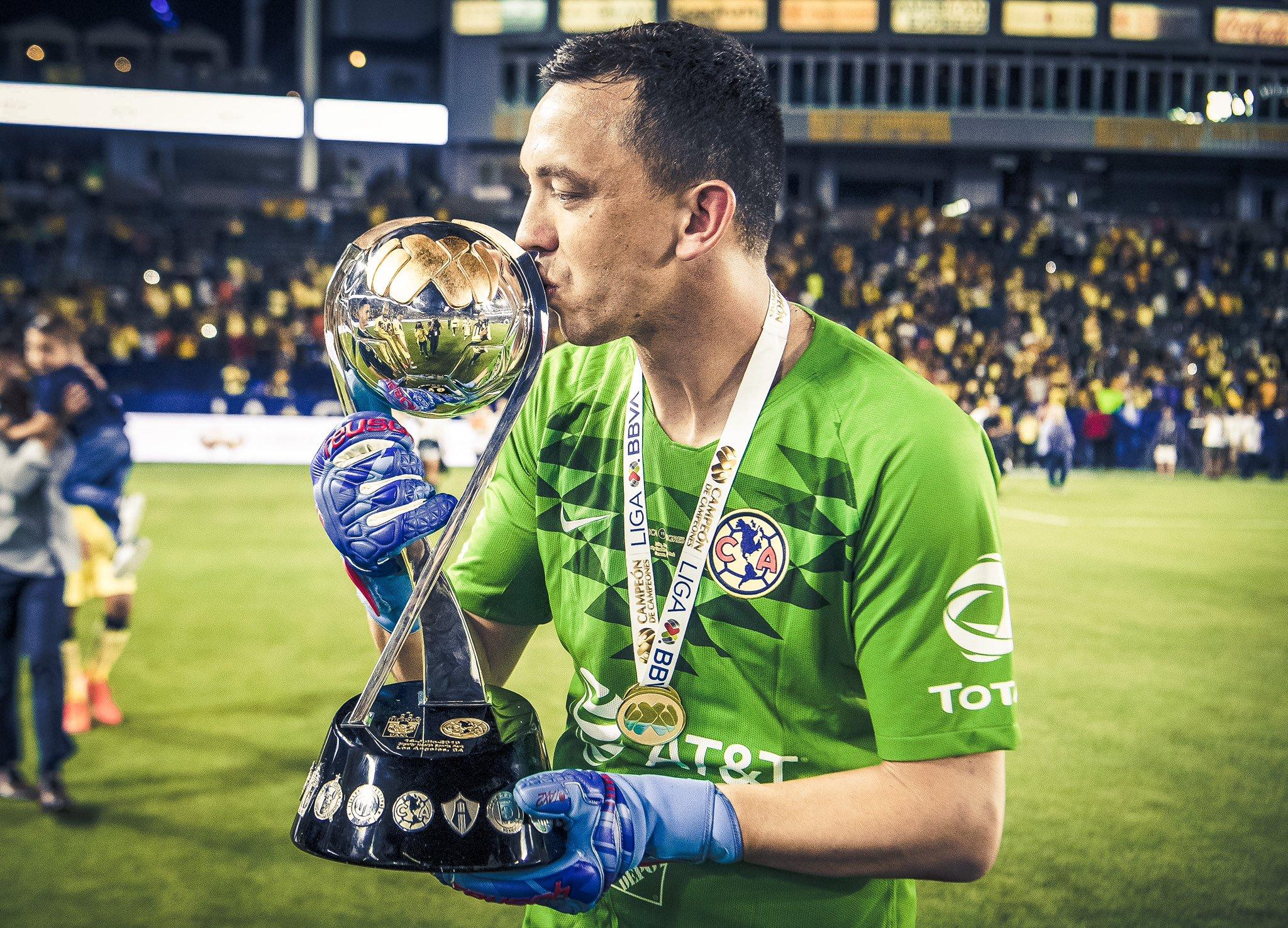 Marchesín quiere a Ochoa. Foto: Twiter