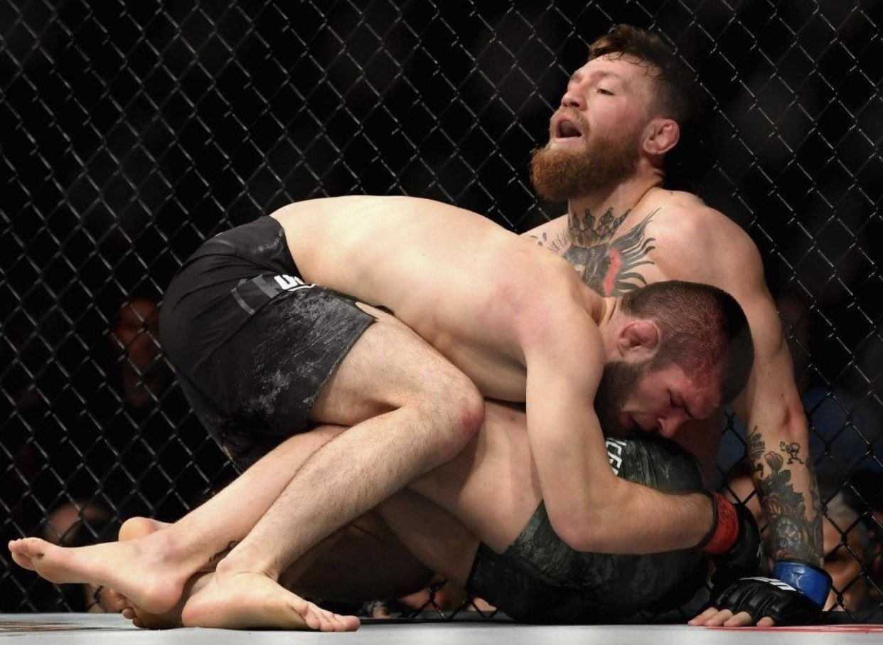 Se arrepiente McGregor. Foto: Twitter