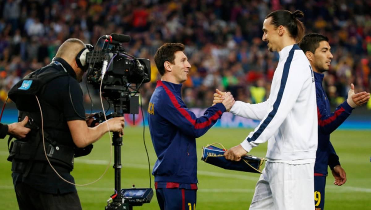 Mano a mano entre Messi e ibrahimovic. Foto: Twitter
