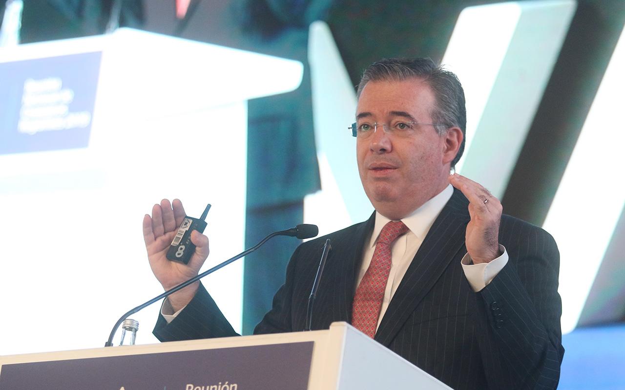 Banco de México, crecimiento, Alejandro Díaz de León, Banxico, pronósticos económicos,