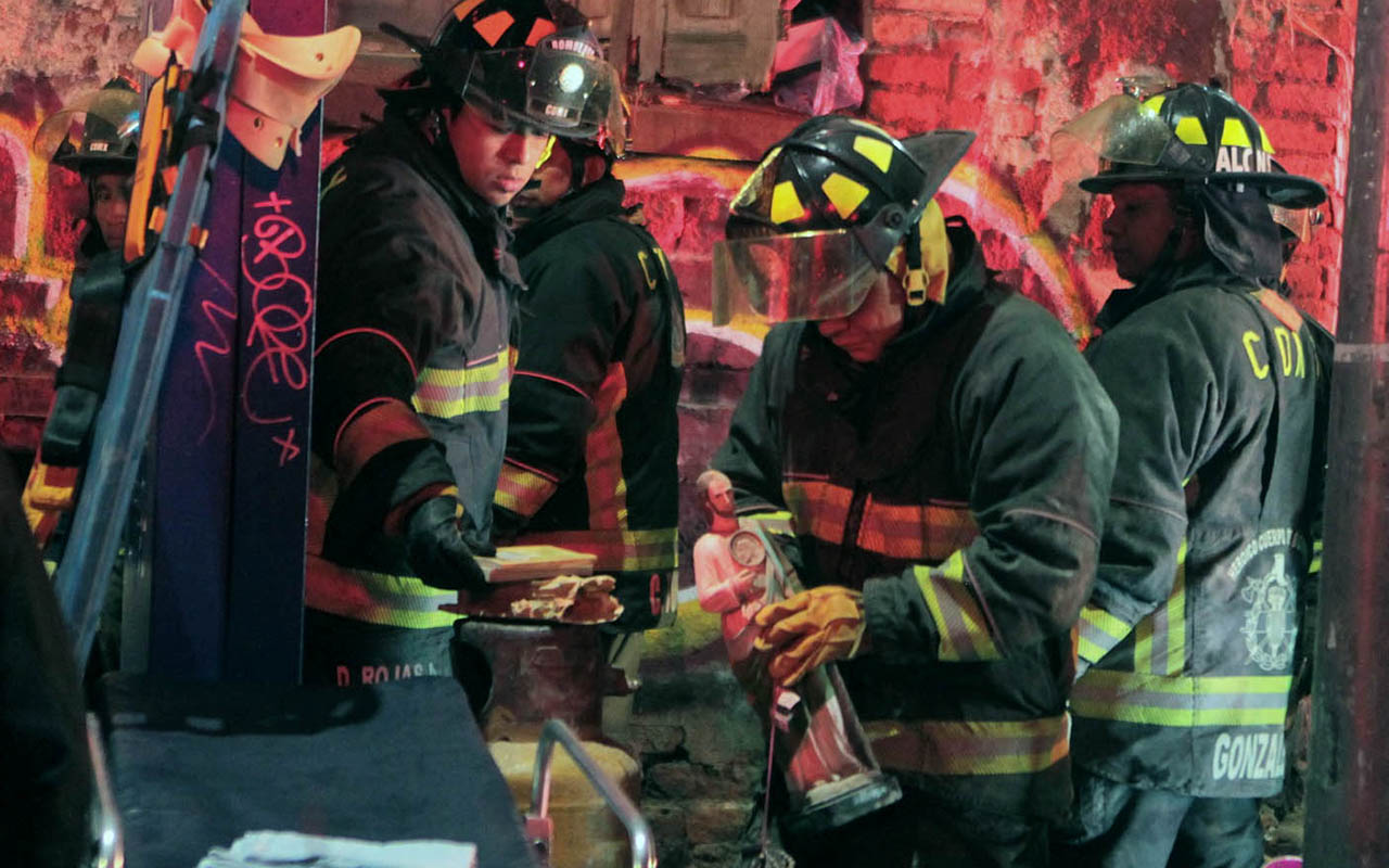 bomberos, CDMX, Huelga de hambre, Claudia Sheinbaum,