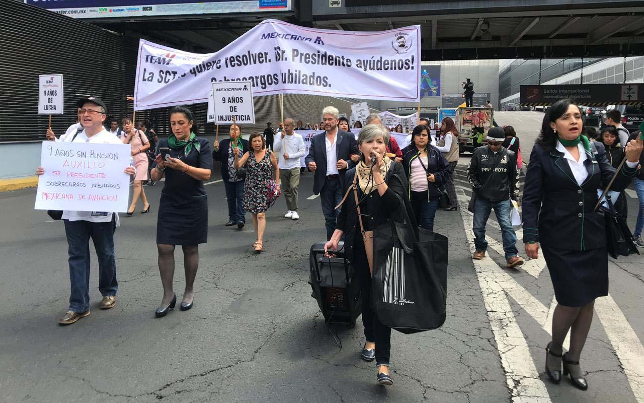 Extrabajadores de Mexicana, Terminal 1 del Aeropuerto, Protesta, manifestación,