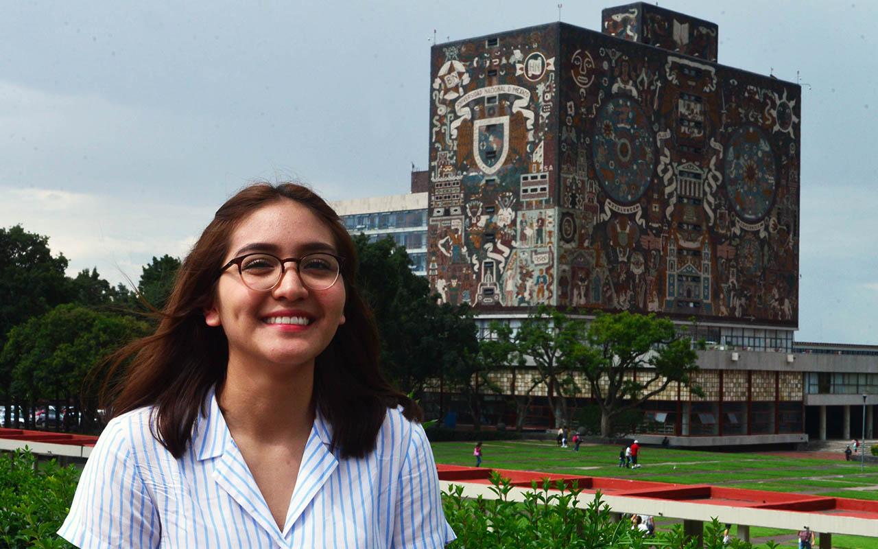 """Vannia Stefanía Avelar, UNAM, Alumna, Facultad de Medicina, Preparatoria 3 """"Justo Sierra"""", examen,"""