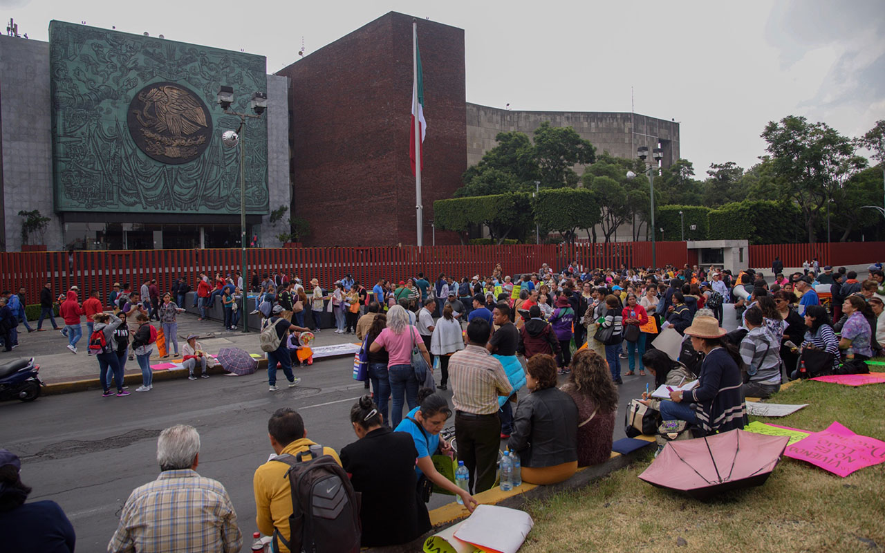 Cámara de Diputados, CNTE, Bloqueos, fuerza pública,