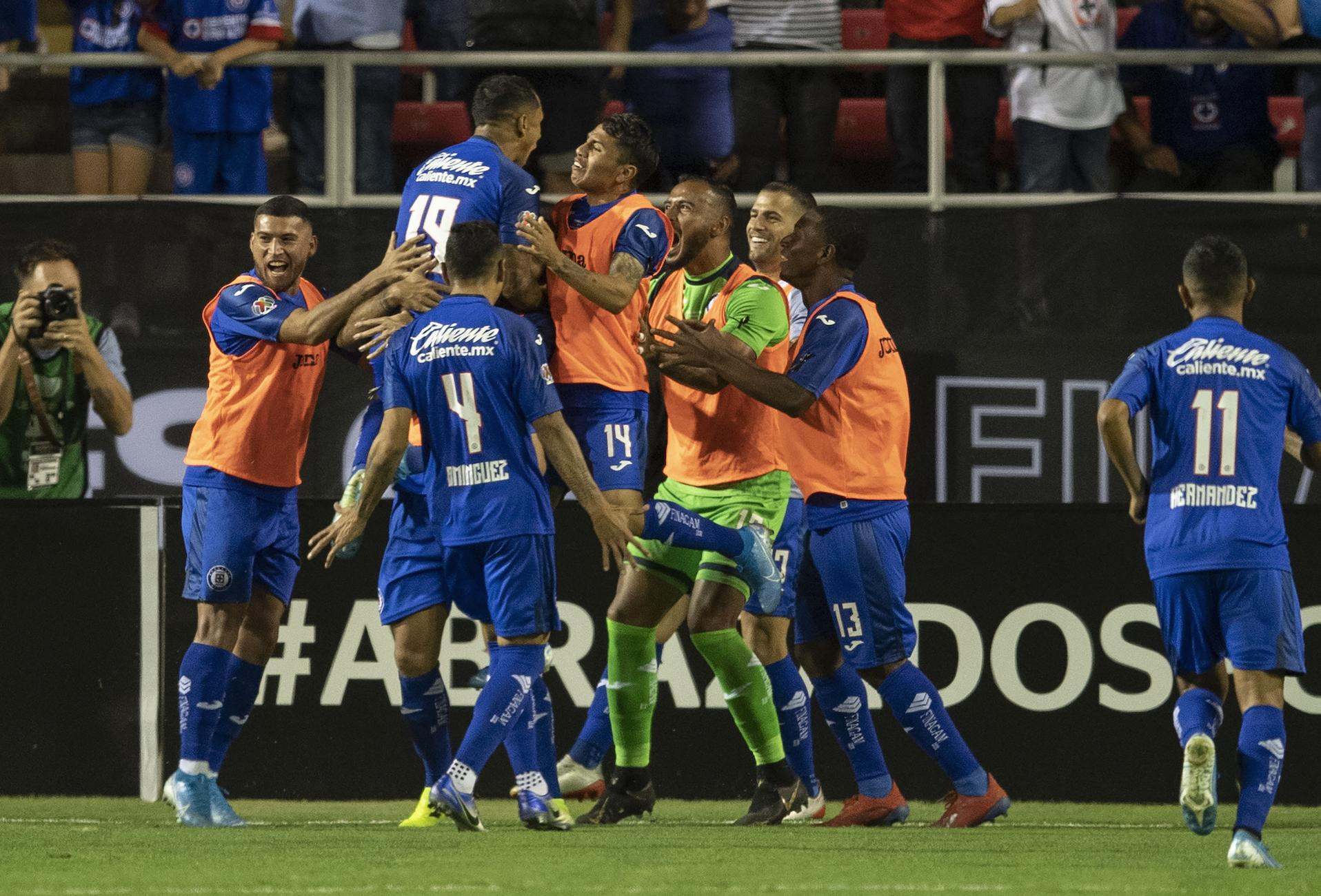 Cruz Azul le pegó a Tigres. Foto: Twitter