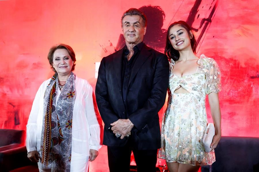 Adriana Barraza Sylvester Stallone Rambo CDMX