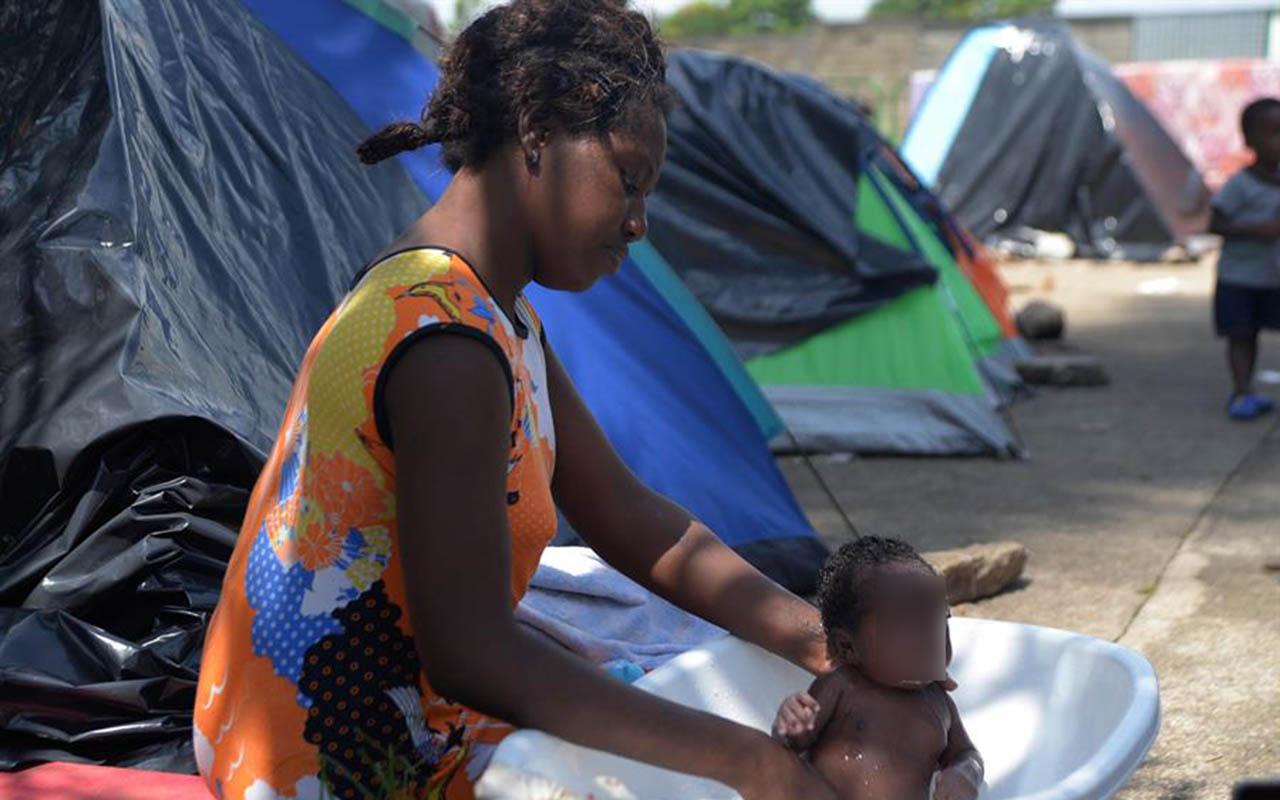 bebé africano, Tapachula, migrantes, inmigrantes, Andrés Manuel López Obrador, Congo,