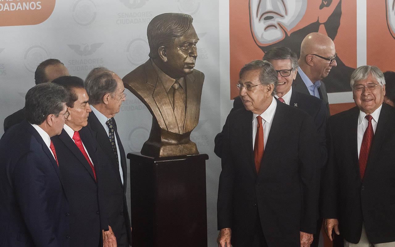 Francisco Labastida Ochoa, Cuauhtémoc Cárdenas Solórzano, Presidencia, Elecciones 2000, Vicente Fox, Homenaje,