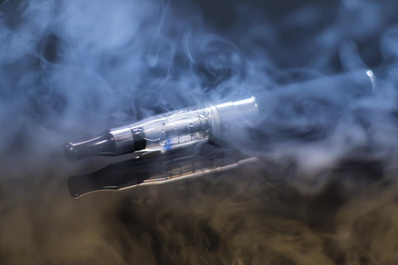 Cigarrillos electrónicos, cáncer, salud, químicos