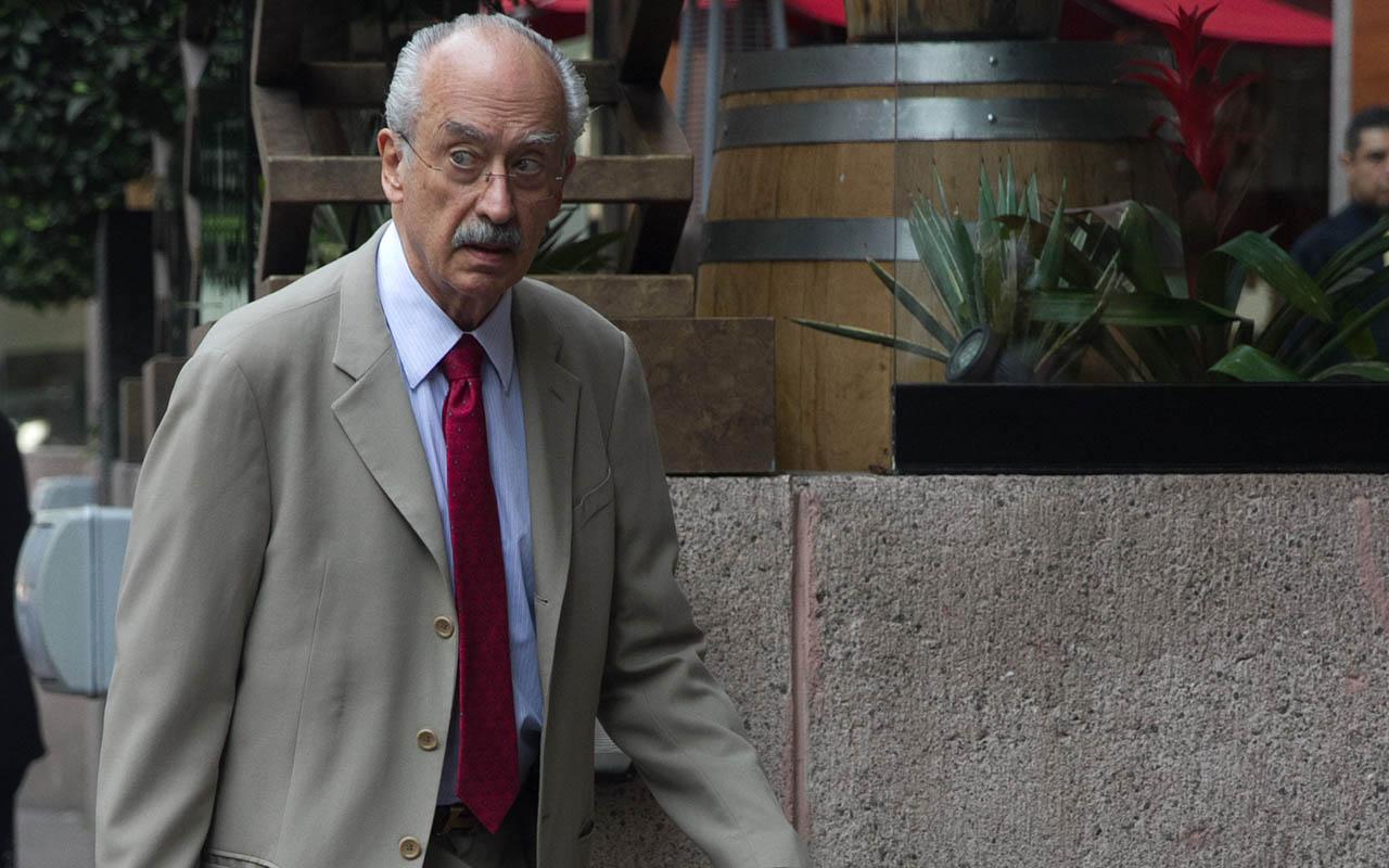 Interpol, SHCP, Francisco Gil Díaz, Gonzalo Gil White, Oro Negro,