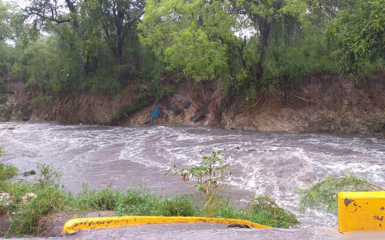 Fernand, ríos, lluvias, depresión tropical, Monterrey, Nuevo León, Laredo,