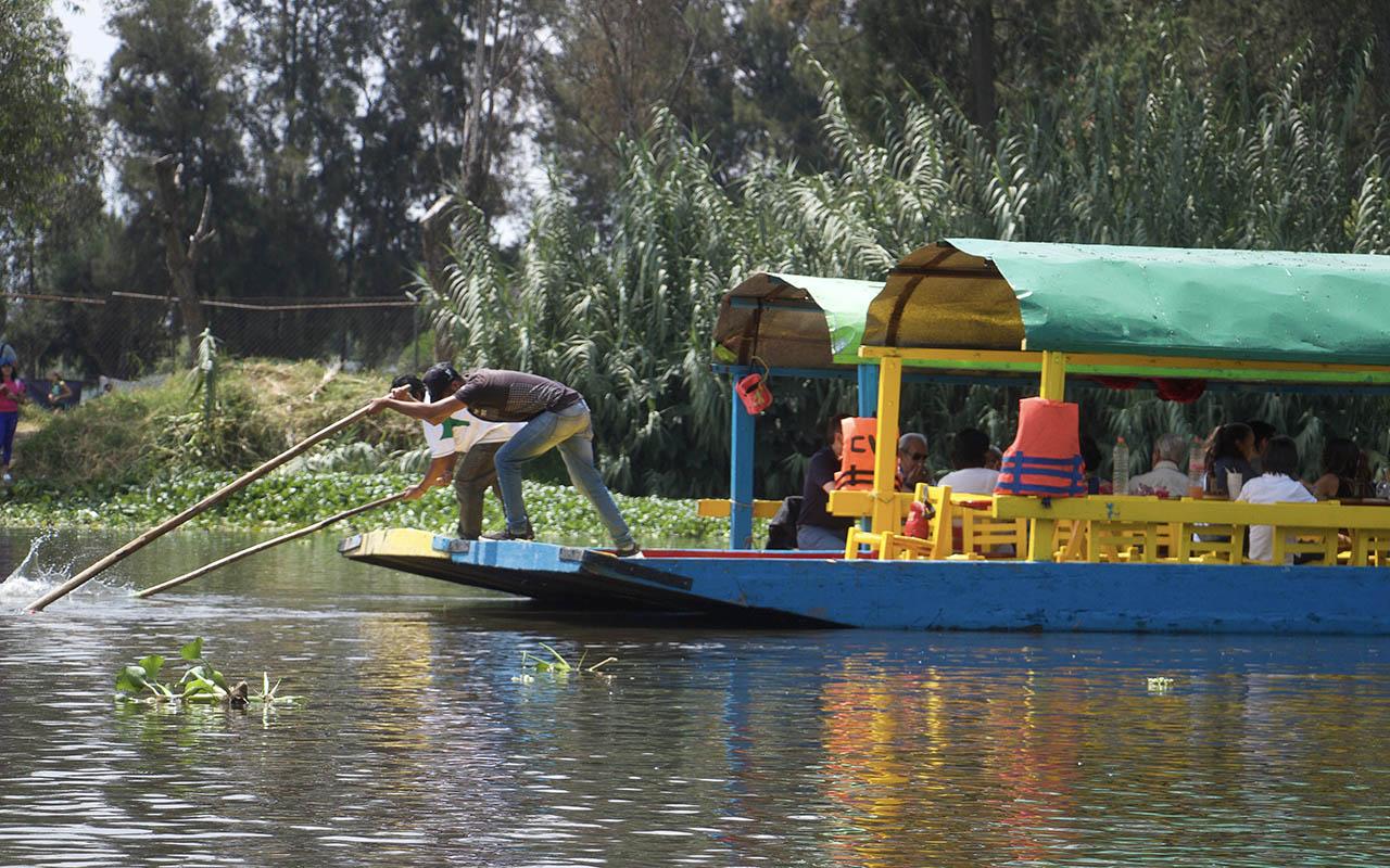 Remeros, Xochimilco, embarcadero, Chema, Jóvenes,