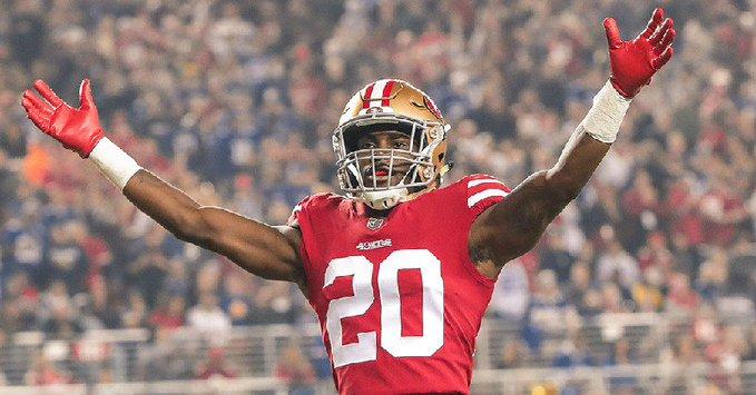 Apaleó 49ers a Browns: Foto: Twitter