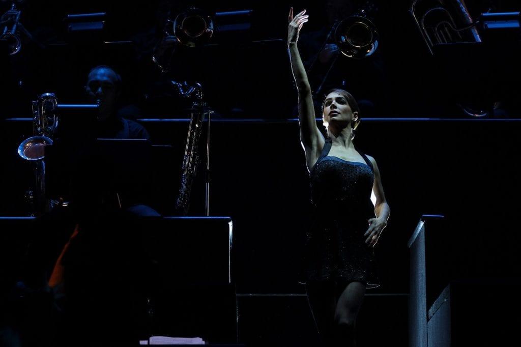 """91016180. México, 16 Oct 2019 (Notimex-Isaías Hernández).- Función de prensa de """"Chicago, el musical"""", protagonizado por Biby Gaytán (imagen) y María León, en el Teatro Telcel de la capital. Ciudad de México, 16 de octubre de 2019. NOTIMEX/FOTO/ISAÍAS HERNÁNDEZ/IHH/ACE/"""