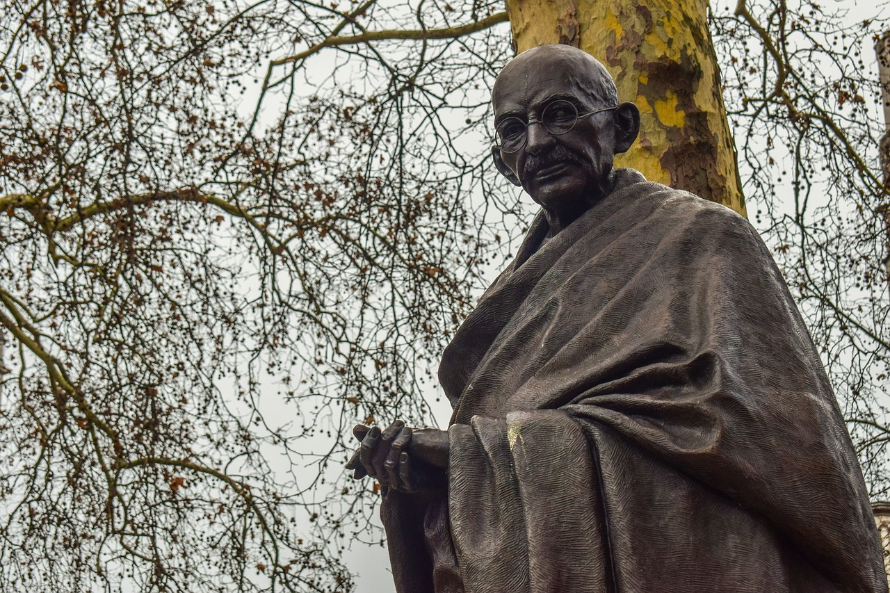 Mahatma Gandhi, India, Mundo