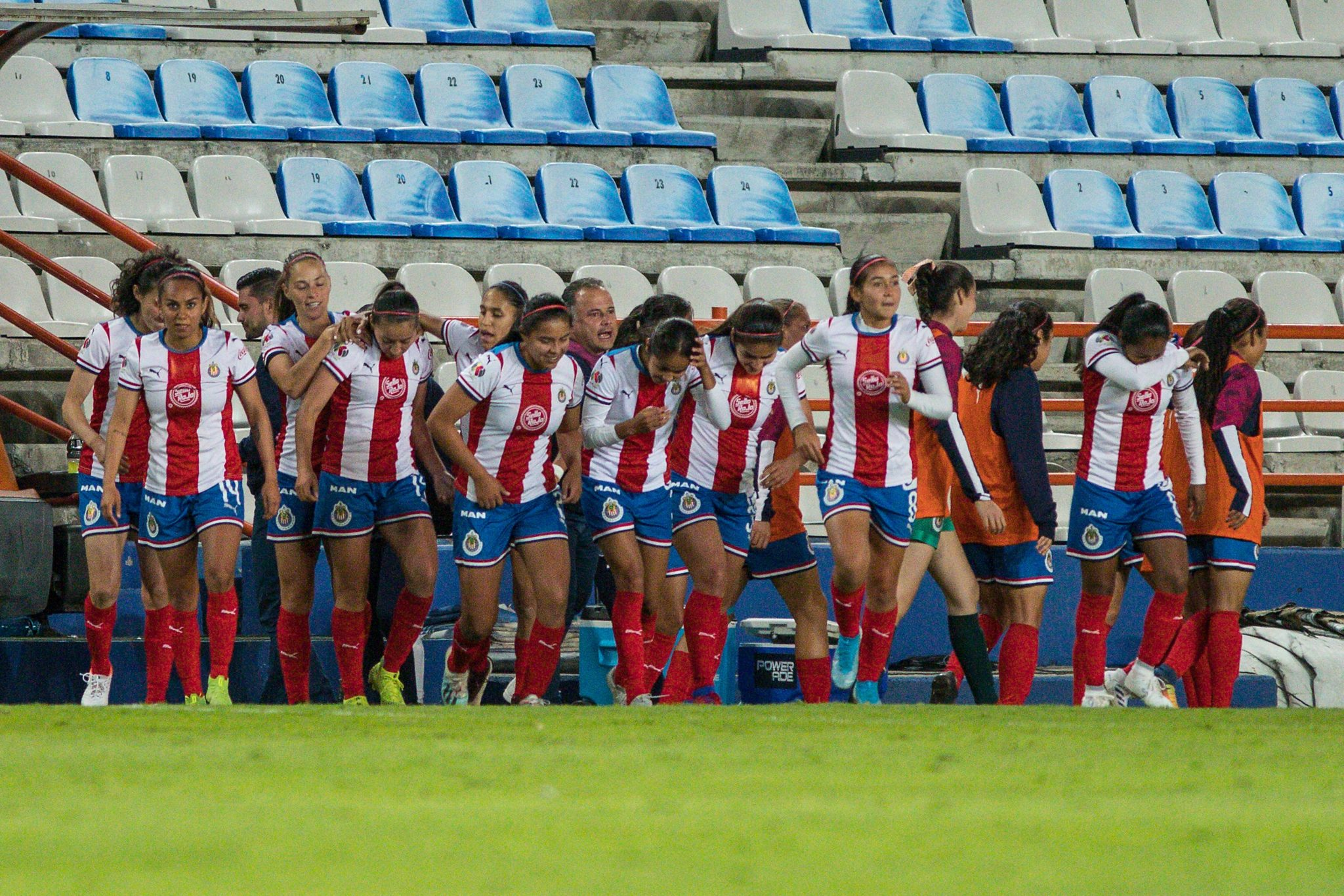 Clásico Nacional en la Liga MX femenil. foto: Twitter