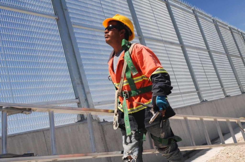 Los países desarrollados invierten hasta el 9% del PIB en infraestructura; México menos del 3%