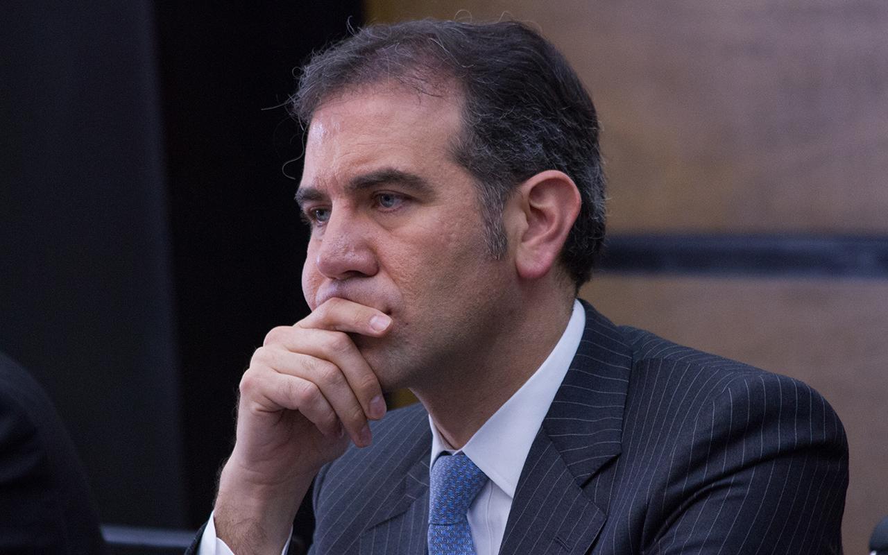 Poder legislativo pone en riesgo autonomía del INE