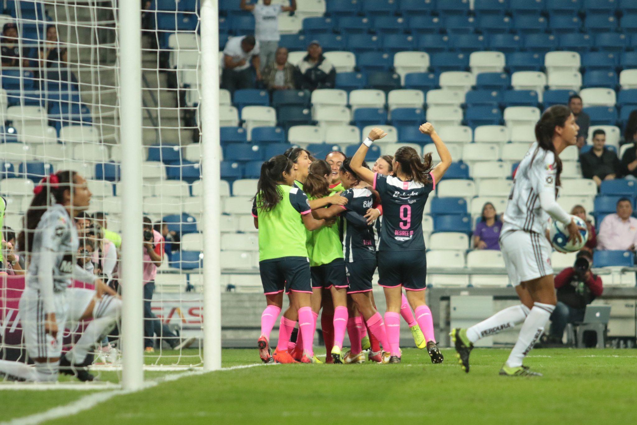 Liga MX femenil tiene a sus invitadas. Foto: Twitter