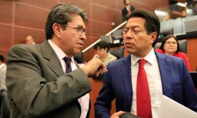 Por 'error', diputados se aumentan aguinaldo y reducen dieta a senadores