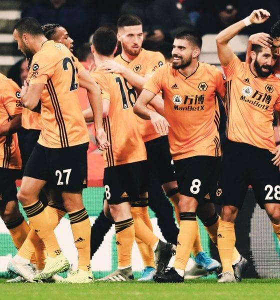 Raúl Jiménez consiguió gol. Foto: Wolves
