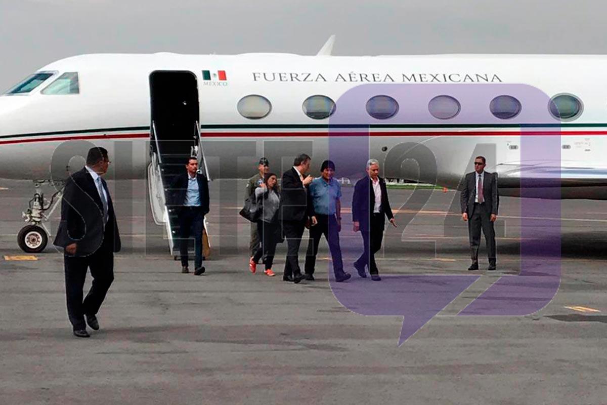 Evo Morales fue recibido por Marcelo Ebrard. Foto: Israel Lorenzana | Siete24.mx