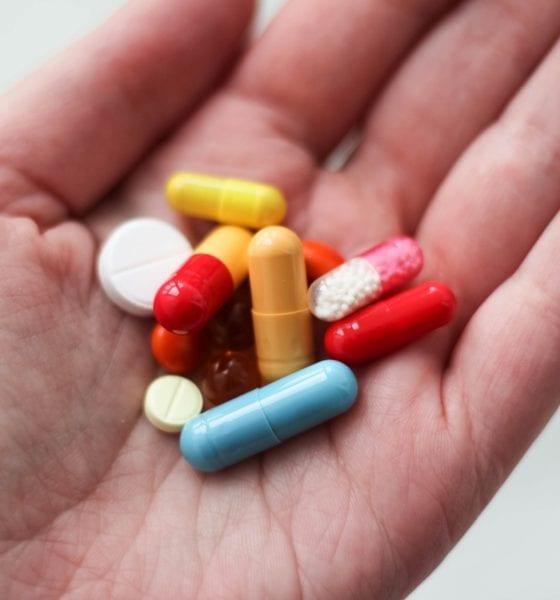 Se estima que la venta libre de antibióticos agrava el problema. Foto: Pixabay