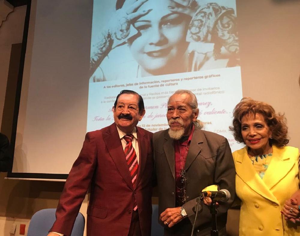 María Victoria, Víctor Ruiz Pasos y Pepe Arévalo