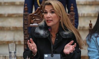 Jeanine Áñez, Bolivia, Presidenta interina, Evo Morales,