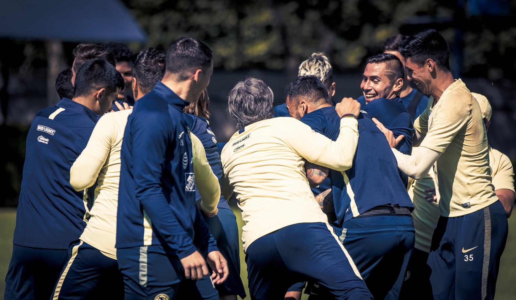 Ilusionados en América tras vencer a Tigres. Foto: Club América