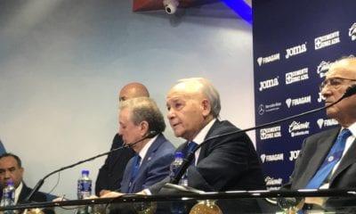Presidente de Cruz Azul en problemas. Foto: Twitter