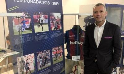 Sorprendido Higuera con contrataciones en Chivas, Foto: Twitter