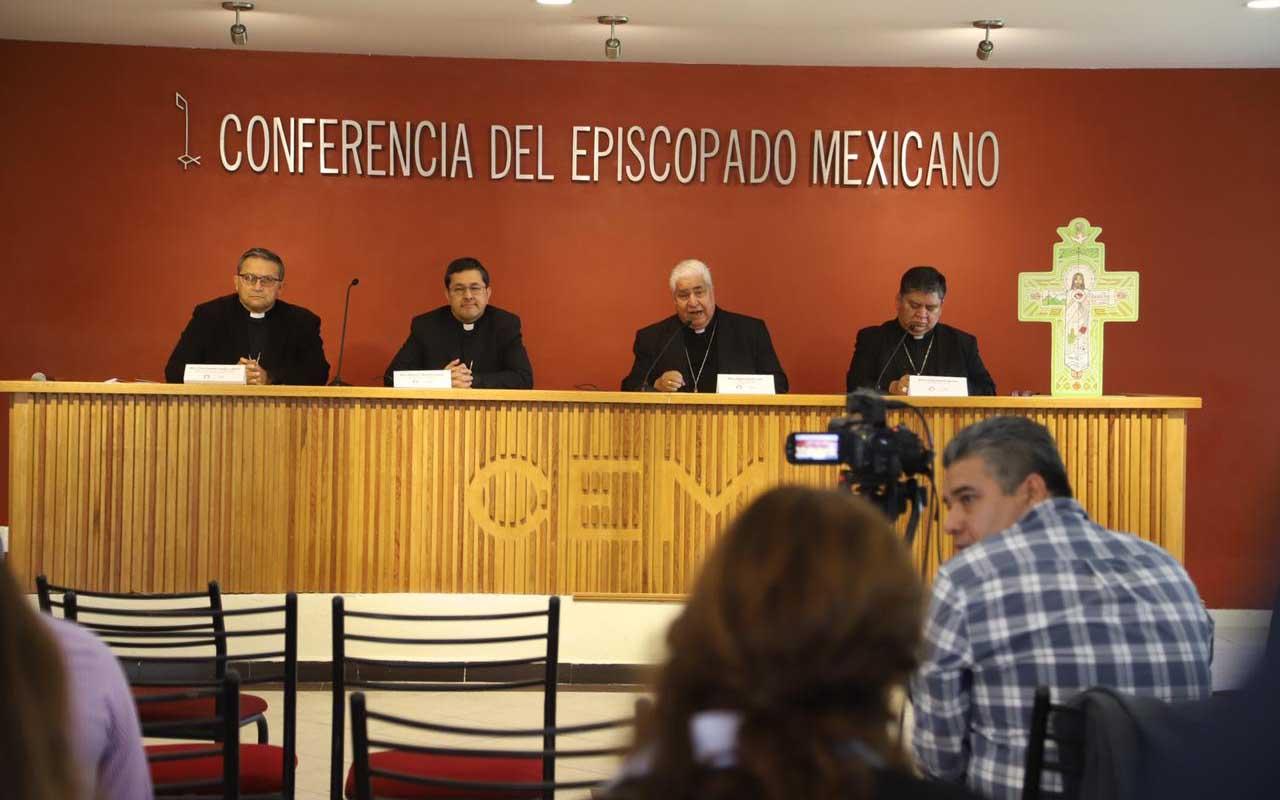 """""""Ni halagos ni insultos ayudan al país"""": Conferencia del Episcopado"""