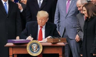 """""""Hoy termina la pesadilla del TLCAN"""": Trump; México agradece"""