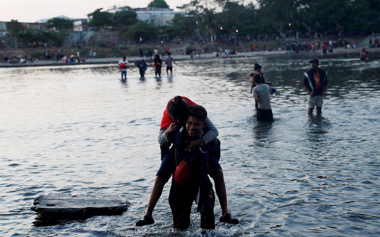 Migrantes desafían la seguridad del gobierno mexicano