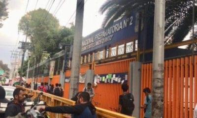 Toman instalaciones de Prepa 2 de la UNAM